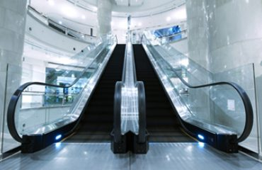 Retail and store cleaning services