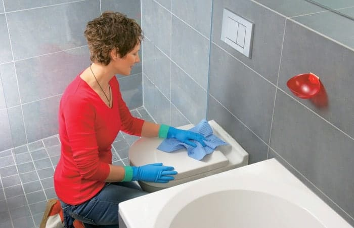 Best Bathroom Cleaning Tips in Montreal