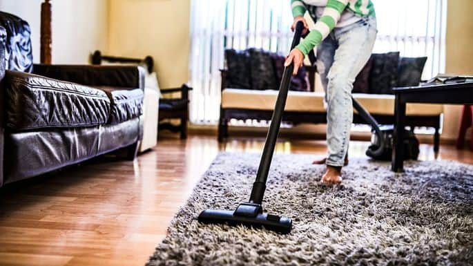 How to Clean the Living Room