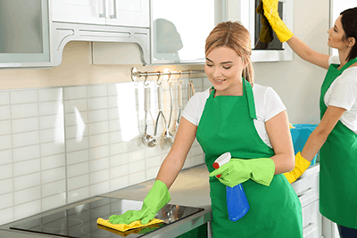 Ménage Total Cleaning Services are here to provideUltimate Coronavirus Commercial Cleaning Services in Montreal. We will make your office neat and clean.