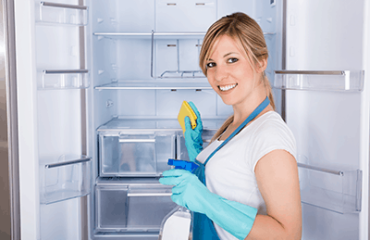 Fridge Cleaning. Montreal house maid cleaner